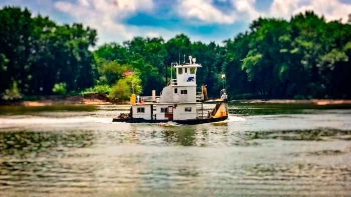 little tug boat